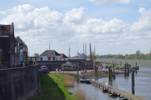 Tussen stop en rondleiding in Woudichem (18)