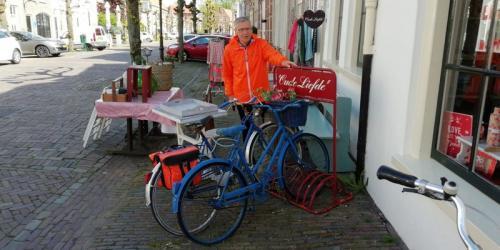 Tussen stop en rondleiding in Woudichem (31)