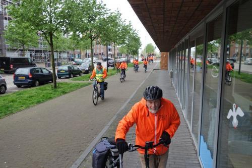 Tussen stop IJburg 2 (2)